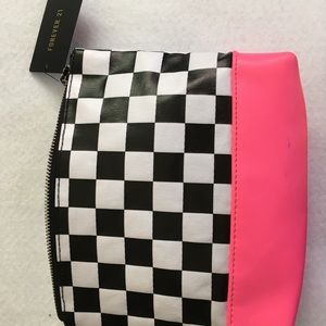 FOREVER 21 checkerboard Cosmetic case makeup bag
